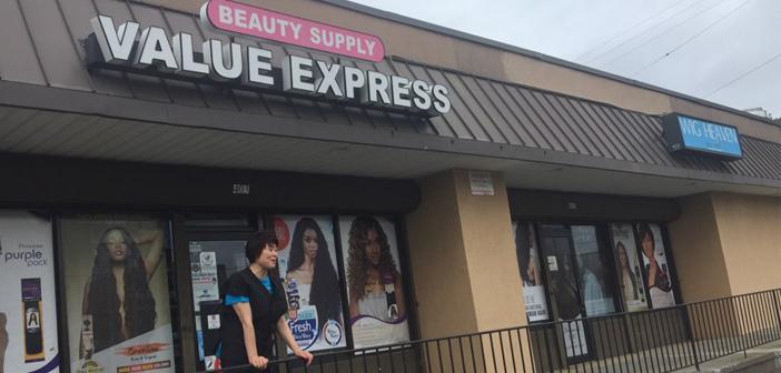 모자가 함께 오순도순 운영하는  Value Express Beauty